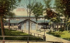 Union_Park_Mammoth_Theater.jpg